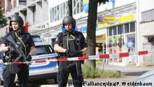 Deutschland Messerattacke in Supermarkt in Hamburg (picture-alliance/dpa/P. Weidenbaum)