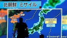 Japan Tokio Monitor zeigt Informationen zu Raketentest Nordkoreas