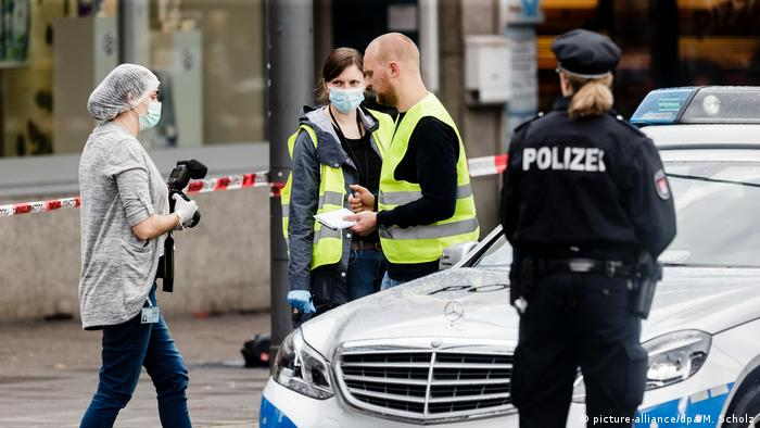 Deutschland Messerattacke in Supermarkt in Hamburg (picture-alliance/dpa/M. Scholz)