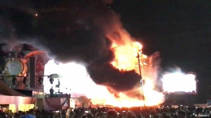 Spanien   Über 20.000 Menschen evakuiert - Tomorrowland-Festival wegen Brand abgebrochen