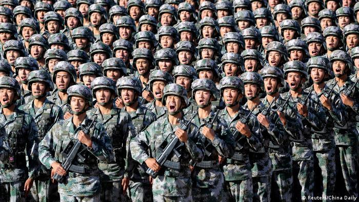 China Militärparade (Reuters/China Daily)