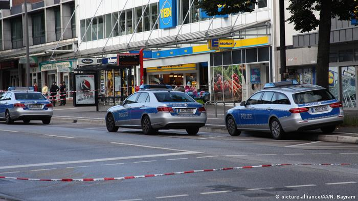 Deutschland Hamburg Messerattacke in Supermarkt (picture-alliance/AA/N. Bayram)