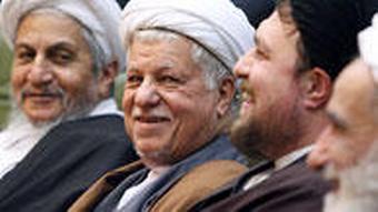 سید حسن خمینی در کنار رفسنجانی و صانعی