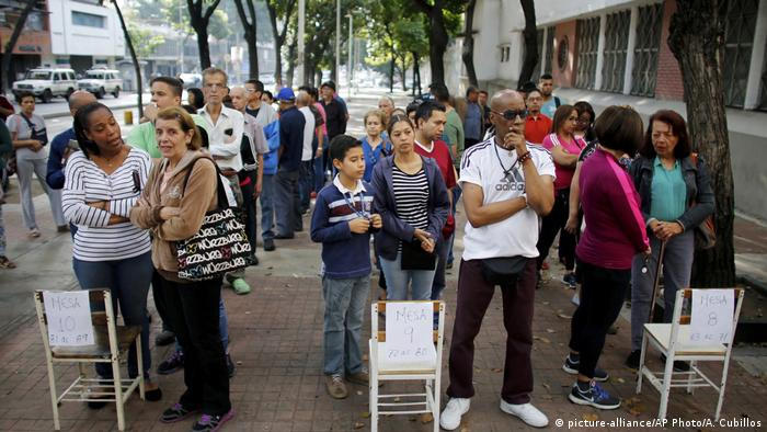 Voters in Caracas waiting to cast their vote
