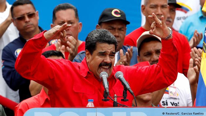 Venezuela Präsident Maduro Rede in Caracas (Reuters/C. Garcias Rawlins )
