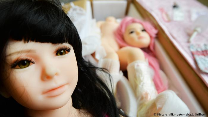 A pair of boxed up sex doll of the type imported from abroad which can be used for sexual gratification (Picture-alliance/empics/J. Stillwell)