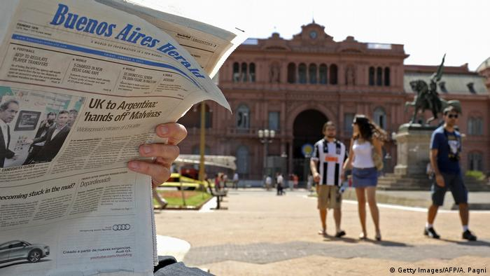 Zeitung Buenos Aires Herald (Getty Images/AFP/A. Pagni)