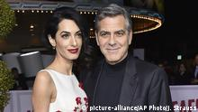 USA Los Angeles - Amal Clooney und George Clooney wollen Syrischen Flüchtlingen mit der Clooney Foundation helfen