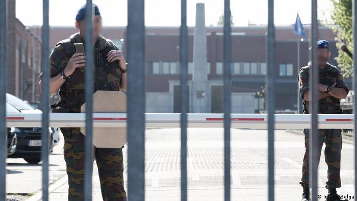 Belgien Polizisten Lantin Gefängnis bei Brüssel