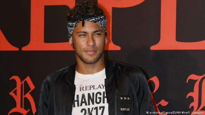 China Shanghai Neymar (picture-alliance/ZUMA Wire/Y. Liangjun)