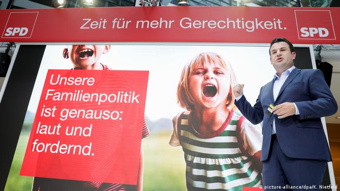 Deutschland Berlin - SPD Generalsekretär Hubertus Heil präsentiert die neue Walkampfkampaqne (picture-alliance/dpa/K. Nietfeld)