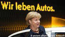 Deutschland Angela Merkel auf der IAA Frankfurt