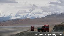 China Xinjiang Provinz - Am China-Pakistan Friendship Highway