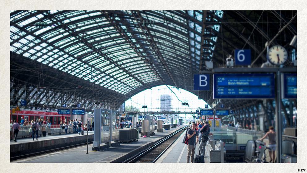 Deutschkurse | Wortschatz | WBS_Foto_Bahnhof