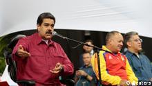 Venezuela Präsident Nicolas Maduro spricht mit Mitgliedern der konstituierenden Versammlung in Caracas