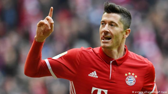 Robert Lewandowski (picture-alliance/dpa/T.Hase)