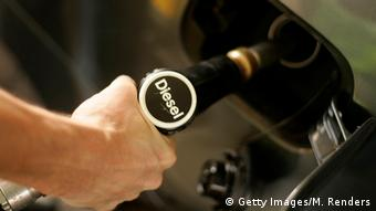 Αισθητή η αύξηση της τιμής του ντίζελ στη Γερμανία το 2017