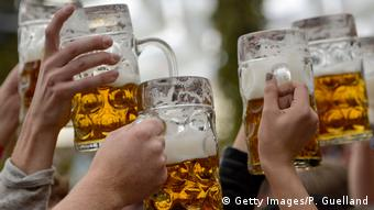 Symbolbild - Bier - Deutschland (Getty Images/P. Guelland)