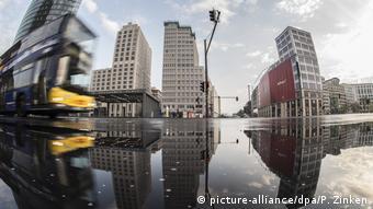Потсдамская площадь после дождя