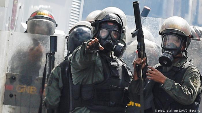 Mercosul suspende Venezuela por ruptura da ordem democrática