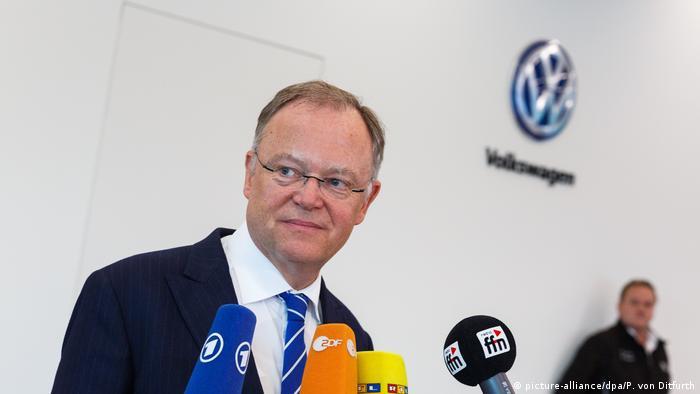 Lower Saxony premier says VW vetted selgate speech | News | DW ...