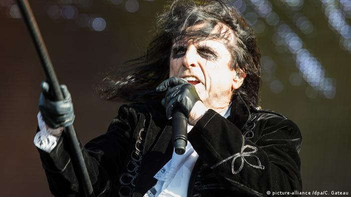 Alice Cooper at the Wacken 2017 festival (picture-alliance /dpa/C. Gateau)