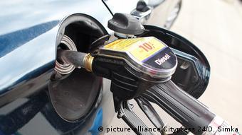 Deutschland Tankstelle Diesel Zapfsäule