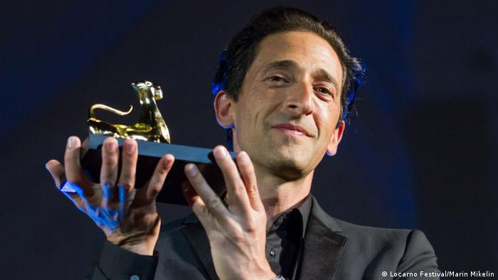 Adrien Brody with a Leopard (Locarno Festival/Marin Mikelin)