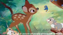 ****Archivbild*** HANDOUT - Das Rehkitz Bambi in einer Szene des Films «Bambi» aus der Bambi Signature Collection (2017). Anfang August jährt sich die Premiere des Zeichentrick-Filmklassikers zum 75. Mal. (zu dpa Zeichentrick-Klassiker Bambi vor 75 Jahren im Kino vom 04.08.2017) ACHTUNG: Nur zur redaktionellen Verwendung im Zusammenhang mit der Berichterstattung über die DVD Bambi und nur bei Urhebernennung Foto: -/DVD Bambi/Disney/dpa +++(c) dpa - Bildfunk+++ |