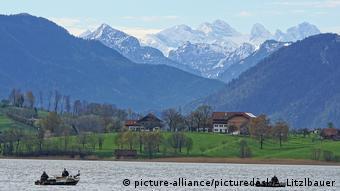 Μπάνια στην Αυστρία προτείνει ο Σεμπάστιαν Κουρτς