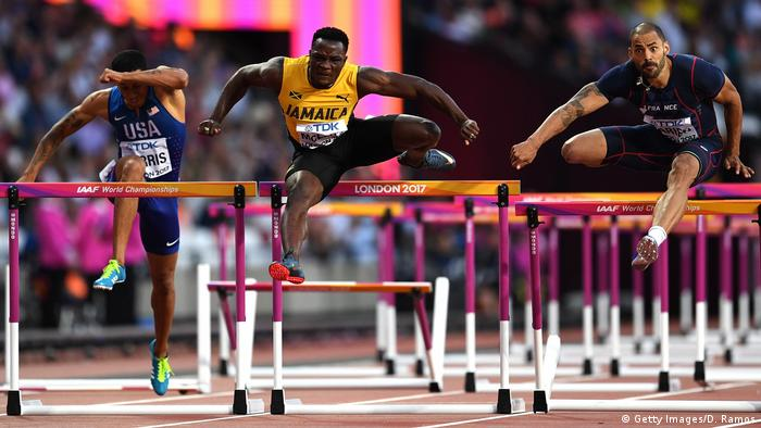 Großbritannien Leichtathletik-WM in London - Hürdenläufer Omar McLeod, Garfield Darien und Aleec Harris (Getty Images/D. Ramos)