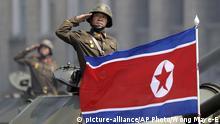 Nordkorea Flagge in Pjöngjang