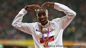 Mo Farah jubelt in London über seine Goldmedaile (Foto: picture alliance/dpa/Actionplus)