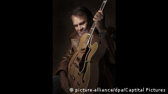 Country singer Glen Campbell in film I'll Be Me (picture-alliance/dpa/Captital Pictures)