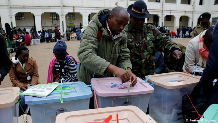 Odinga adai mitambo ya IEBC ilidukuliwa | Uchaguzi Mkuu wa Kenya