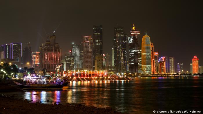 Katar Skyline von Doha (picture-alliance/dpa/A. Heimken)