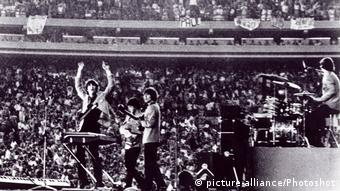 Bildergalerie Beatles Konzert in Shea Stadion 1965 (picture-alliance/Photoshot)