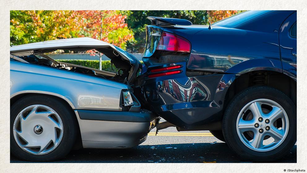 Deutschkurse | Wortschatz | WBS_Foto_Unfall