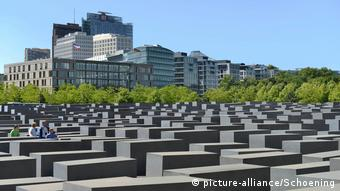 Das Holocaust-Mahnmal in Berlin (picture-alliance/Schoening)
