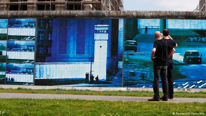 Stefan Roloff's Beyond the Wall installation in Berlin