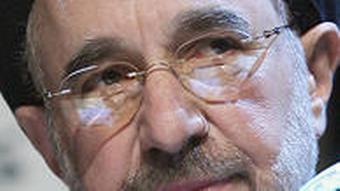 محمد خاتمی، شرکت در انتخابات را بیمعنا دانست