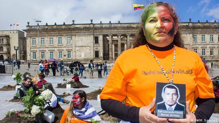 Kolumbien Aktion Opfer von Staatsgewalt (DW/M. Sánchez)