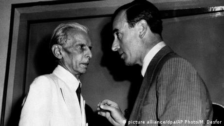 Lord Louis Mountbatten and Muhammed Ali Jinnah (picture alliance/dpa/AP Photo/M. Desfor )