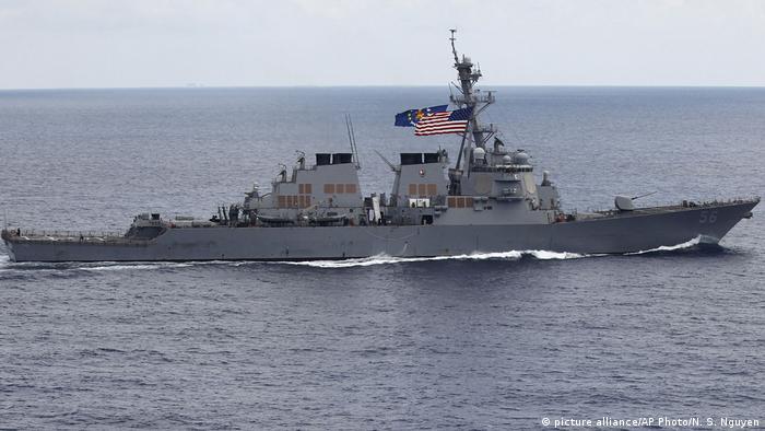 US Destroyer im Südchinesischen Meer