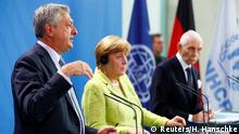 Deutschland Berlin - Angela Merkel, Filippo Grandi und William Lacy Swing