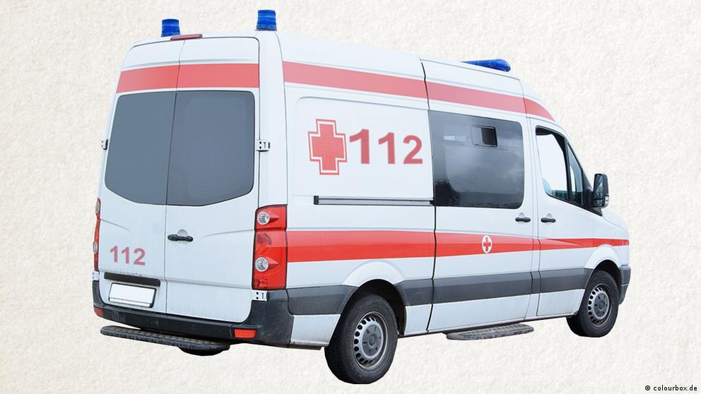 Deutschkurse | Wortschatz | WBS_Foto_Krankenwagen