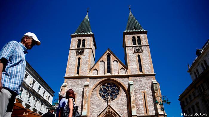 Bildergalerie Bosnien Herzegowina Religionen Kathedrale in Sarajewo