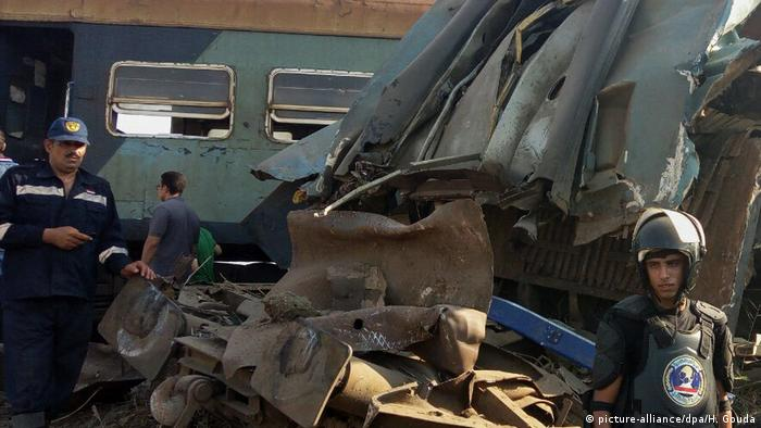 Passenger train collision in Egypt