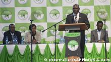 Kenia - Wahlen - Vorsitzender des Independence Electoral and Boundaries Commission Wafula Chebukati bei Pressekonferenz