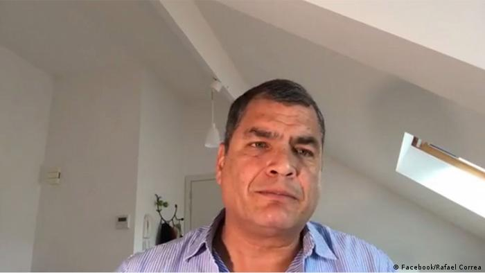 Screenshot: Facebook: Rafael Correa während Facebook Live Video (Facebook/Rafael Correa)
